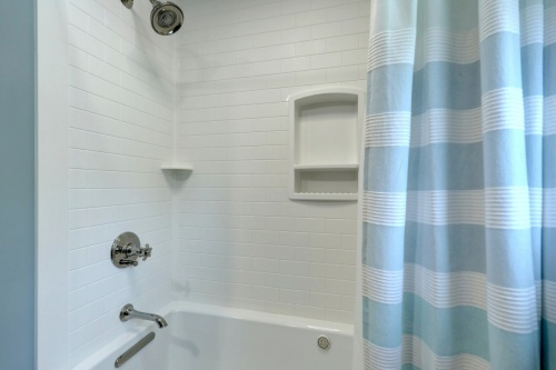 BathroomRemodel-2017-Web-04